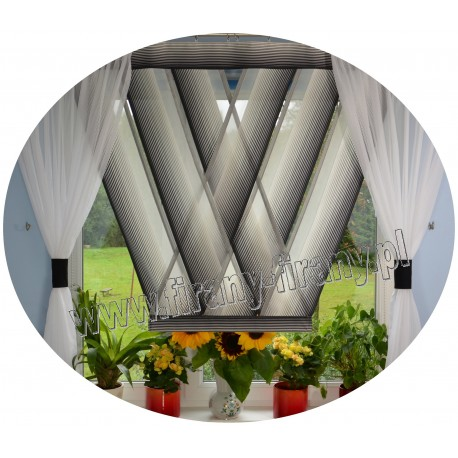 00636 komplet panele V-ki z plexi + zasłonki N.Ż.Czarno Perłowy